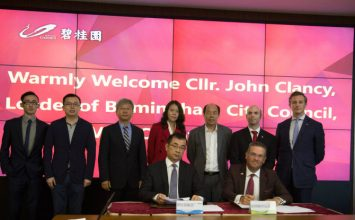 Council leader signs £2 billion deal in China to boost Birmingham economy.
