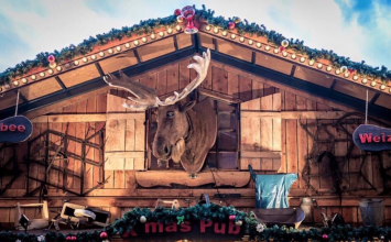 Jump aboard a bus to the Frankfurt Christmas Market this year.