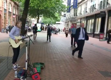 New guidelines designed to encourage responsible busking and street entertainment have been agreed.