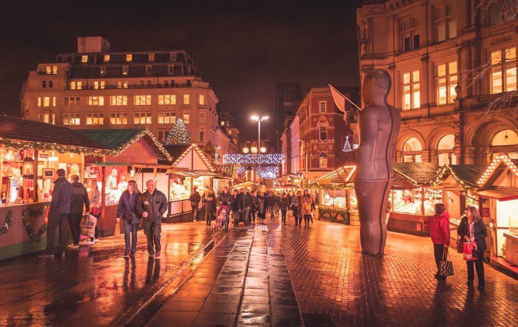 Stallholders From Frankfurt Christmas Market Donate