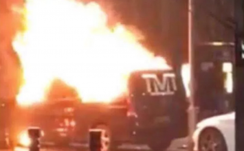 Floyd Mayweather's van set on fire outside Park Regis Hotel.