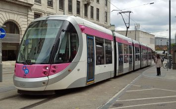 Mayor of the West Midlands presents £200m Midland Metro plans to transport secretary.
