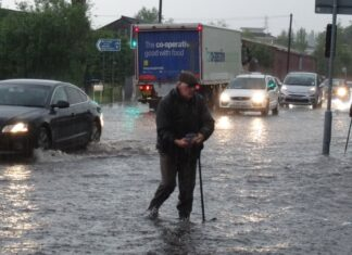 Flooding on Dog Pool Lane in Stirchley, Birmingham